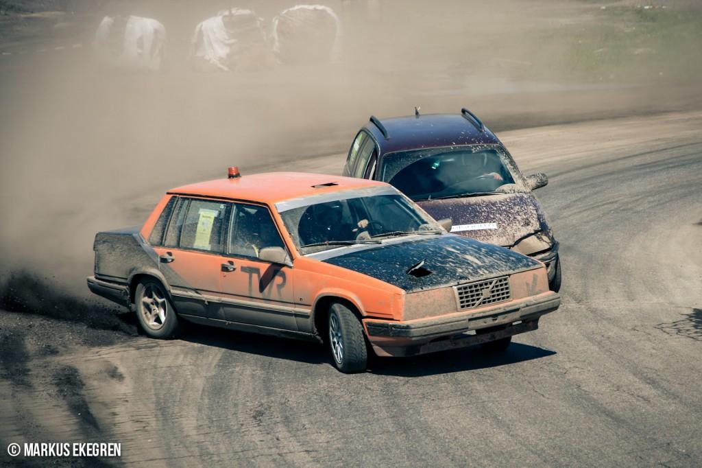 Krutcupen Hallsberg #4 - Racing - Volvo och Opel sladdar genom kurva